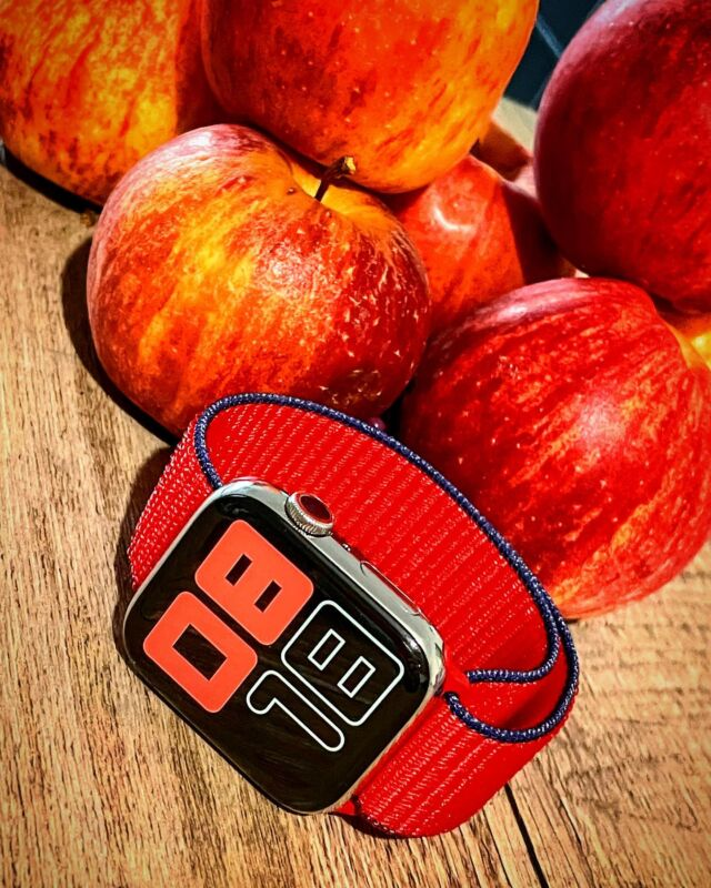 Chez Band-Band on aime beaucoup les pommes 🍎 Surtout avec la nouvelle collection de #bouclesport pour Apple Watch 👌  #applewatch #apple #applewatchband #watchporn #watchesofinstagram #applewatchfanz #instawatch #loopfin20   https://www.band-band.com/produit/boucle-sport-nylon-tisse-fin-2020-apple-watch/