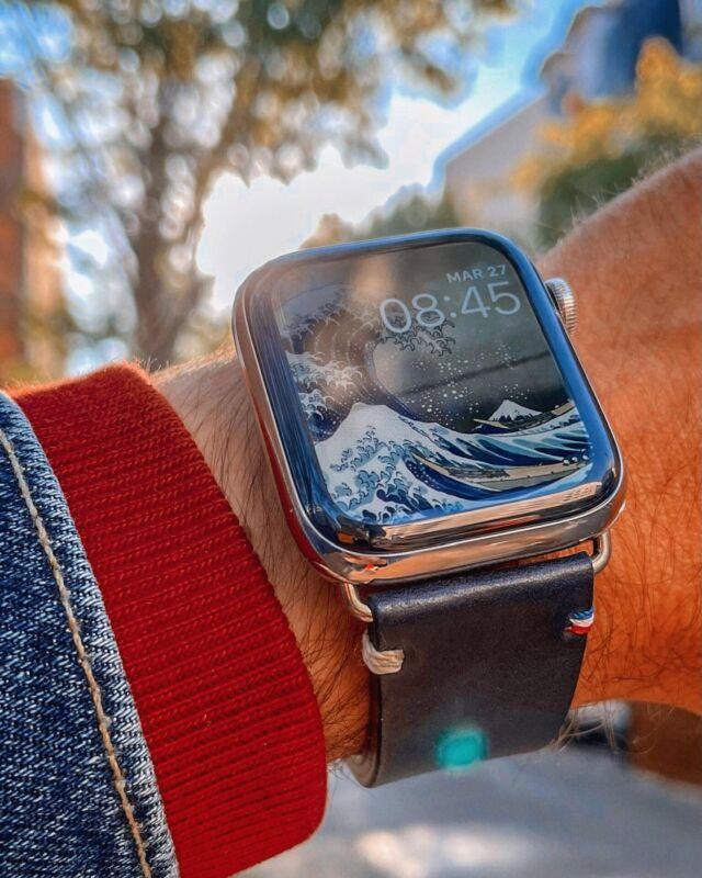 Fond d'écran vague de Kanagawa, pour mettre en valeur votre bracelet Vintage bleu encre 🌊  #applewatch #apple #applewatchband #watchporn #watchesofinstagram #applewatchfanz #instawatch #street #art #city #photooftheday #streetart #streetstyle #urban #travel #style #fashion #picoftheday #photographer #nature #streets #travelphotography #vintage  https://buff.ly/3xtVXkz