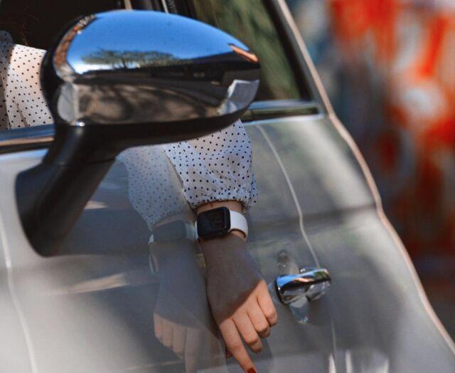 Connaissez-vous un meilleur partenaire de voyage que le bracelet sport ?  #applewatch #apple #applewatchband #watchesofinstagram #applewatchfans #instawatch #roadtrip #adventure #travel #explore #trip #instatravel #road #travelblogger #vacation #picoftheday #fiat500 #street #urban #city #fluosport  https://buff.ly/3xAnLDW