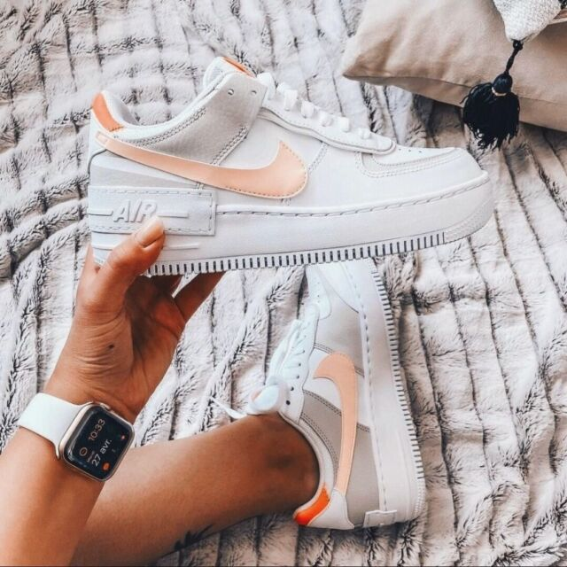 Nouveau look des pieds 👟 au poignet ⌚️⠀ Superbe combinaison @Fl0wrence 🤩⠀ ⠀ #applewatch #apple #applewatchband #watchporn #watchesofinstagram #applewatchfanz #instawatch  #instahealth  #motivation #instagood #determination #lifestyle #getfit #fluosport