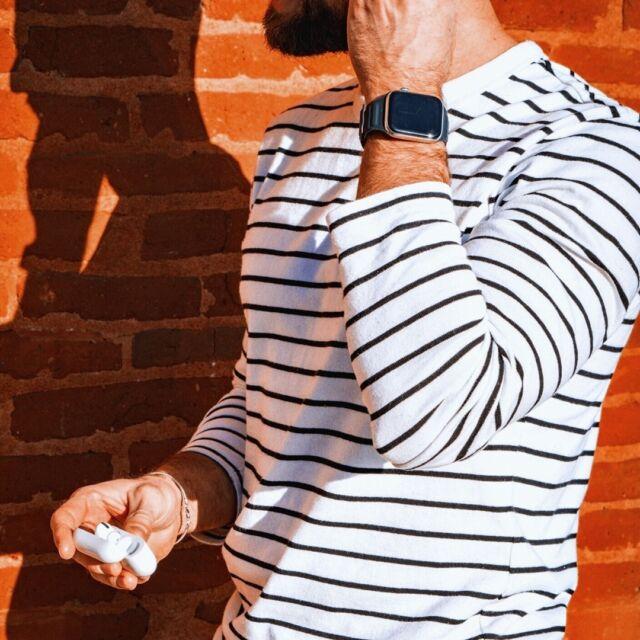 L'heure où la ville rose le devient vraiment 🤩  #applewatch #apple #applewatchband #watchporn #watchesofinstagram #applewatchfanz #instawatch  #cuirloop #toulouse #sun #goldenhour #summer #airpodspro #airpods  ⠀ https://buff.ly/3vPjlra