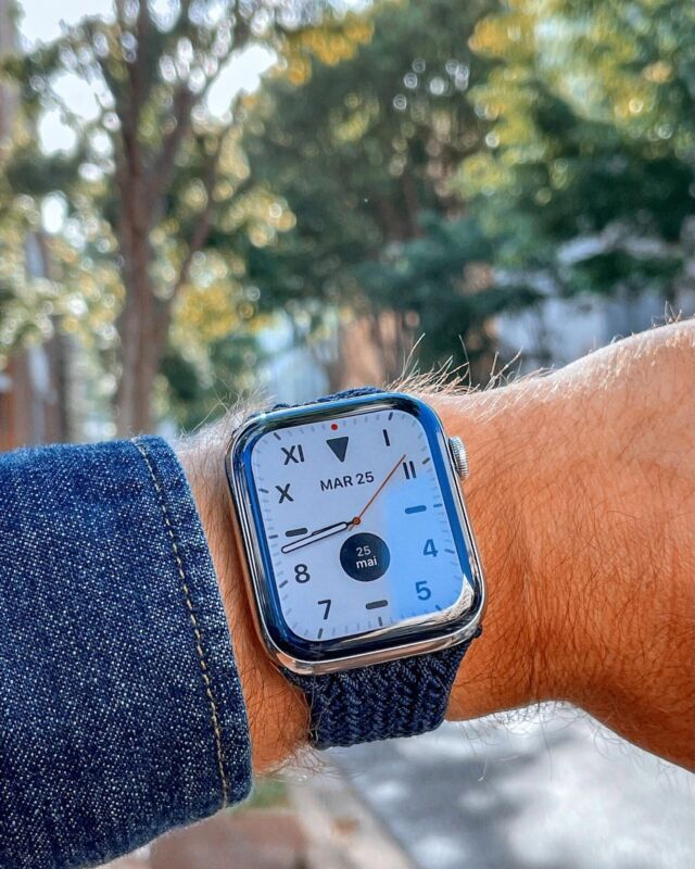 Son intensité, ses notes froides et sa fraîcheur naturelle : optez pour le boucle tressée bleu Atlantique 🌊⠀ ⠀ #applewatch #apple #applewatchband #watchporn #watchesofinstagram #applewatchfanz #instawatch #fitness #fitnessmodel #gym #training #photooftheday  #motivation #lifestyle #menfashion #fashion #style  #menstyle #ootd #clothing #menwear #trendy #accessories #tresseeloop ⠀ ⠀ https://buff.ly/3pdYAD9